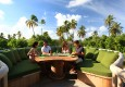 Outdoor_Dining_at_LEAF